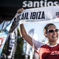 Aroa Sio y William Aveiro reinan en los 3 Dias Trail Ibiza